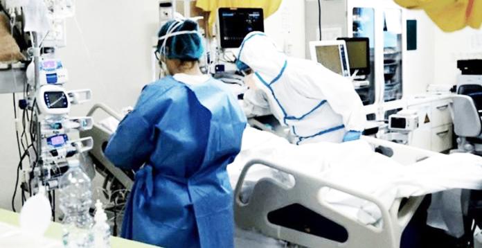 Coronavirus: informan otras 50 muertes y casi 2.700 internados en terapia intensiva