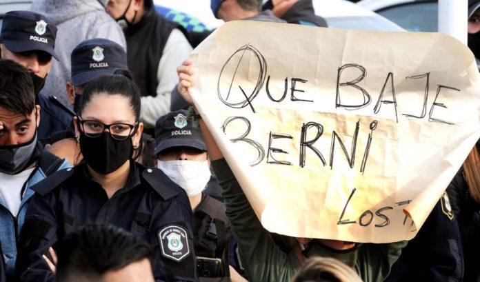 """Los policías """"rebeldes"""" pedían acciones por parte del ministro de Seguridad. (Télam)"""
