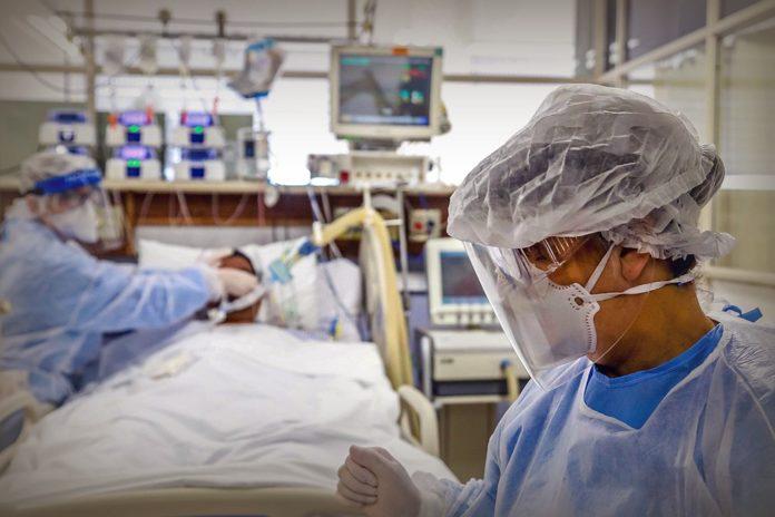 Informan otras 98 muertes y son 7.661 las víctimas del coronavirus en el país