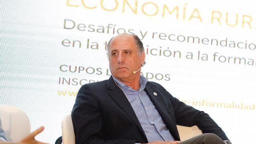 """CRA sostiene que """"muchísimas"""" empresas agropecuarias buscan emigrar a Uruguay"""