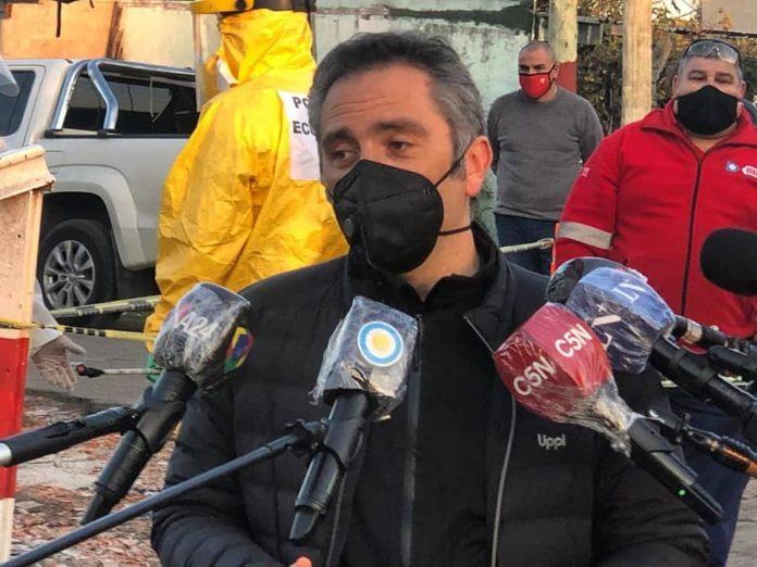 """Larroque cruzó con dureza a Guzmán: """"No es tiempo de amarretear"""""""