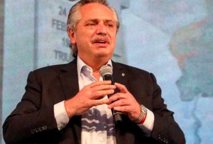 El presidente Alberto Fernández participó este sábado del acto oficial por el Día de la Lealtad en la sede de la CGT