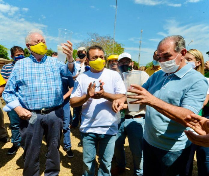 El ministro de Salud nacional en el lanzamiento de la campaña contra el dengue