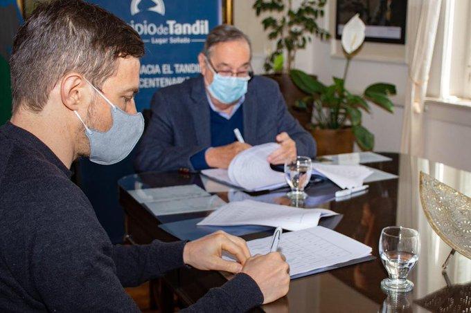 Final feliz: Provincia firmó un convenio con Tandil para transferirle el Fondo de Turismo