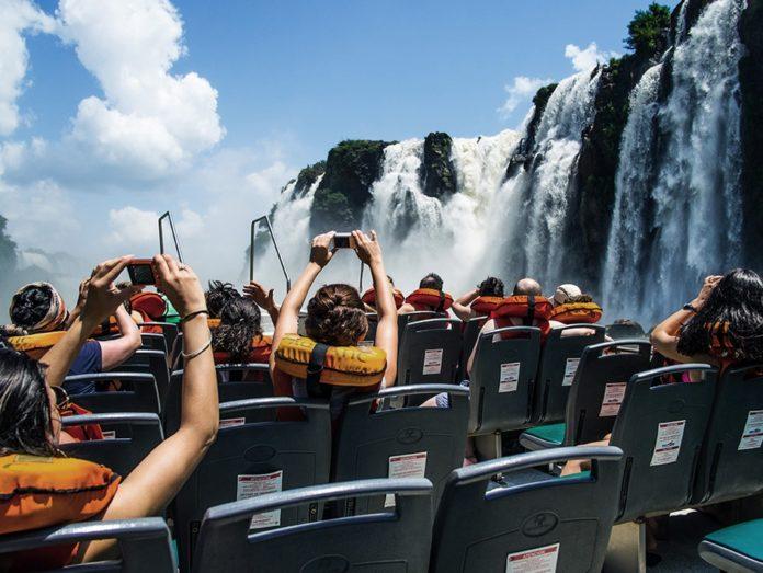Previaje busca motorizar al turismo mediante la bonificación de la mitad en productos y paquetes.