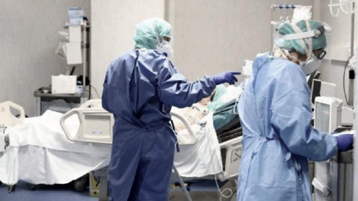 Son unos 160 mil los argentinos con coronavirus en la actualidad, casi 4.500 en terapia intensiva