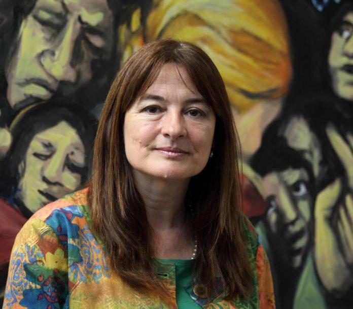 La ministra de Mujeres, Estela Díaz, dio positivo de Covid