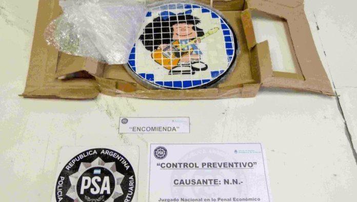 Usaban artesanías con la imagen de Mafalda para traficar drogas: fueron detenidos