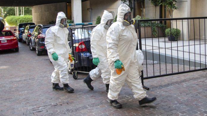 Por tercer día consecutivo, el mundo alcanzó hoy un nuevo máximo de casos diarios de coronavirus