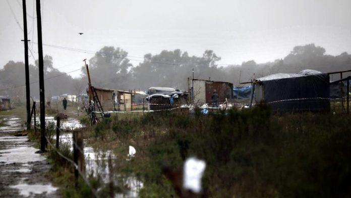 Prorrogan ley que suspende desalojos en provincia, pero excluyen tomas en pandemia