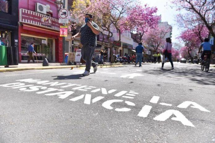 """La Plata: crean """"mercado"""" con """"tickets electrónicos"""" para combatir la crisis"""