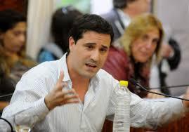 """La oposición denunció """"sesgo ideológico"""" en contenidos del plan FinEs en Provincia"""