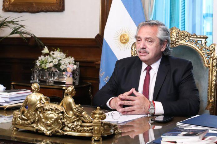 """El Presidente dijo que el Gobierno buscará """"un acuerdo definitivo con el Fondo Monetario que despertará la confianza""""."""