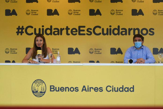La ministra de Educación de la Ciudad, Soledad Acuña, junto a su par de Salud, Fernán Quirós. (Prensa GCBA)