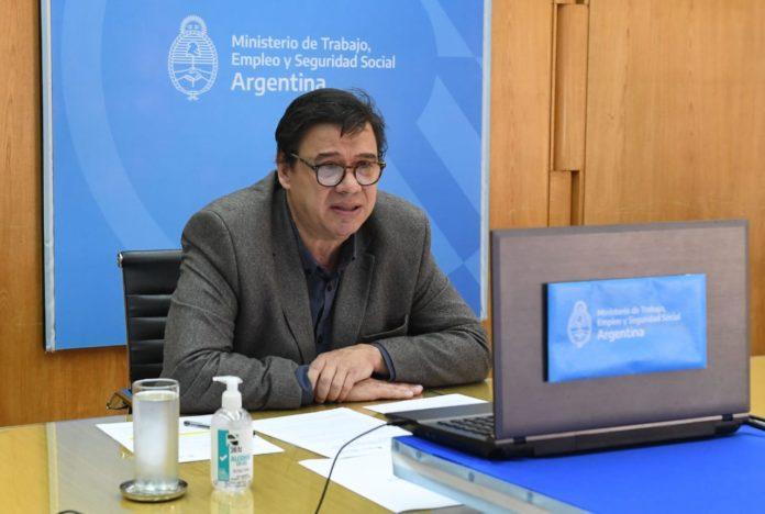 El ministro de Trabajo nacional, Claudio Moroni