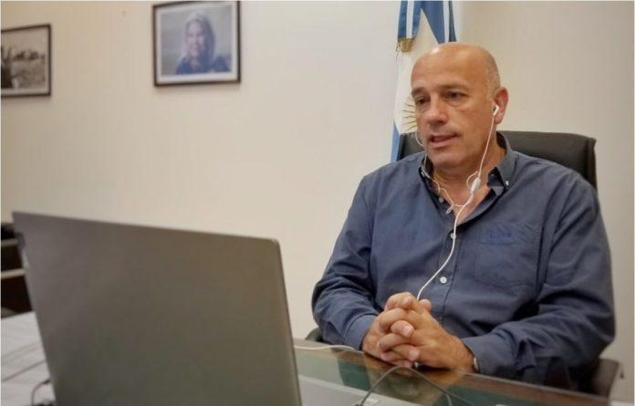De Leo renovó el mandato como presidente de la CC-ARI bonaerense