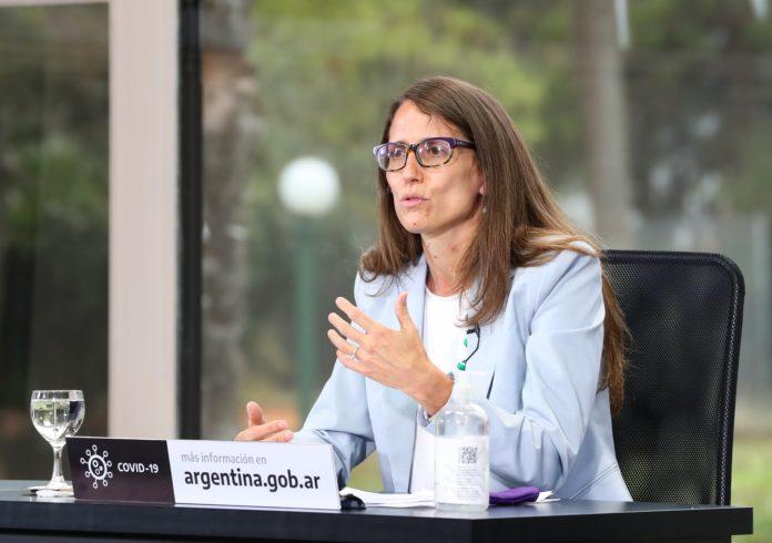 La ministra de Mujeres nacional ponderó el rol de la vicepresidenta en el Senado, donde aún no están asegurados los votos.