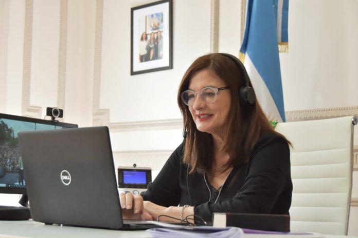 Los 135 distritos bonaerenses ya establecieron capacitaciones en género