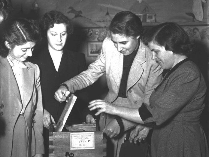 En 1951 las mujeres pudieron participar por primera vez de la contienda electoral