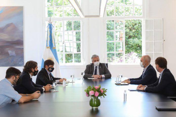 El presidente Alberto Fernández en reunión con autoridades bonaerenses y porteñas