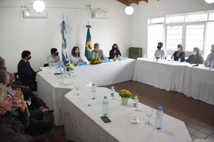 Rodríguez habló de producir alimentos en todas las localidades bonaerenses