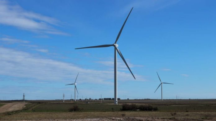 """El parque """"Vientos del Secano"""" tiene 20 aerogeneradores, que producen 50 Mw."""