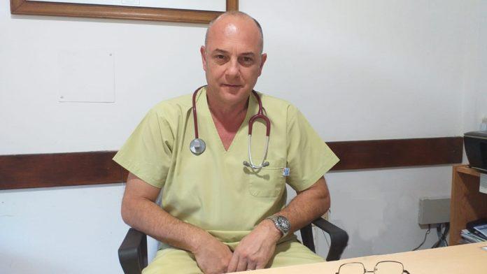 """El doctor Raúl Sala aseguró que """"cuando la vacuna esté yo se la voy aconsejar a todo el sistema de salud de General Villegas""""."""