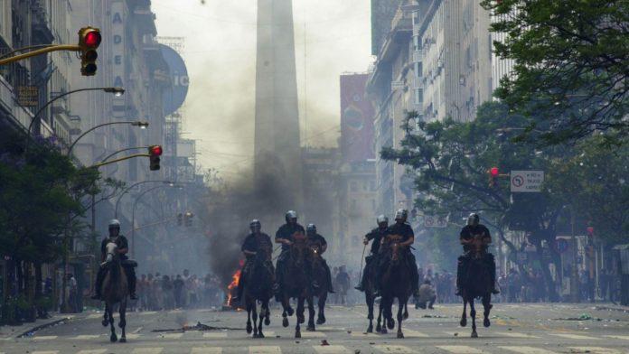 """La Secretaría de Derechos Humanos de la Nación exhortó a """"mantener la memoria"""" de los hechos de diciembre de 2001 que dejaron 39 muertos tras la represión policial."""