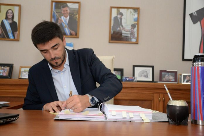 Un intendente opositor acusó a Kicillof de repartir fondos de manera discrecional