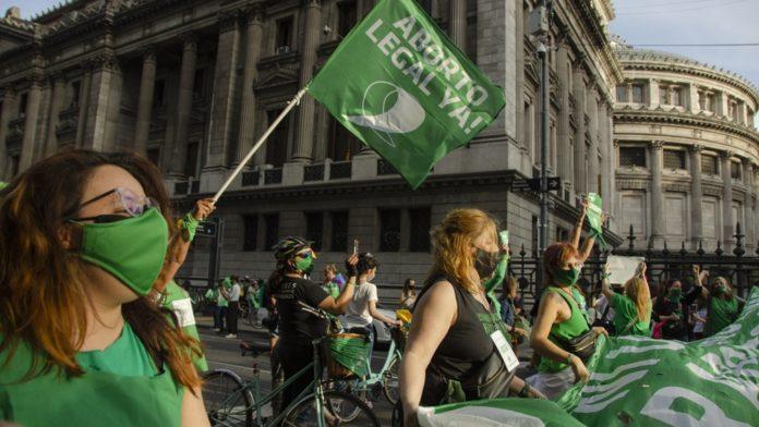 El debate por el aborto legal ya se palpita en el Senado: los indecisos y las gestiones del Gobierno