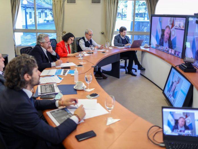 El presidente Fernández define con gobernadores si la vacunación comienza el lunes