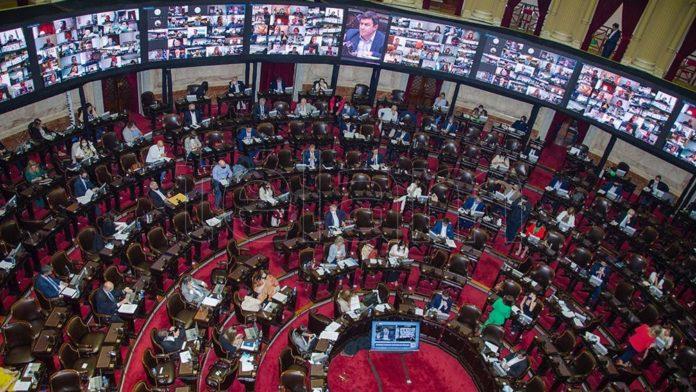 El Presidente Alberto Fernández decidió a última hora del lunes extender la celebración de sesiones ordinarias del Congreso Nacional hasta el día 11 de diciembre