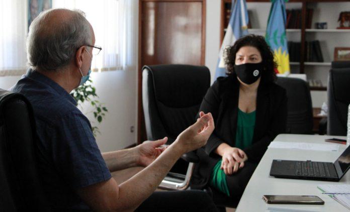 Vacuna: Gollan y Vizzotti vieron el anuncio juntos y preparan la campaña en la provincia