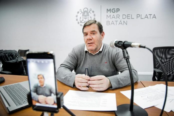 Montenegro reducirá su salario un 20%, mientras que los funcionarios aportarán un 15%.
