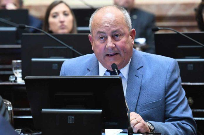 El senador Marino dijo que votará en contra del proyecto del aborto y se reducen los indecisos