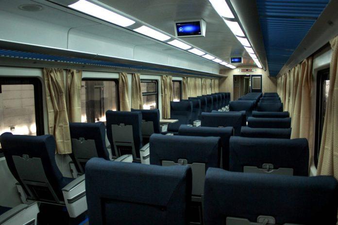 El servicio de todas las líneas de ferroviarias se encontraba paralizado esta mañana a raíz de un paro de actividades por 24 horas