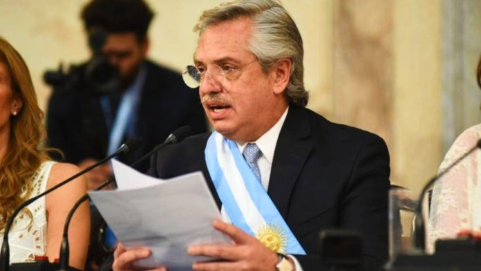El presidente Alberto Fernández en la apertura de sesiones del Congreso, cuando anunció que enviaría la ley de IVE para su tratamiento.