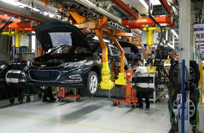 La producción de autos creció más del 20% en noviembre respecto de 2019