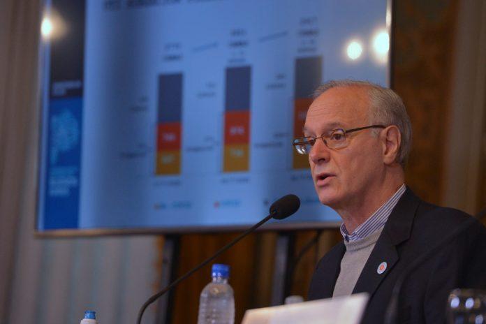 Provincia: pagarán un bono de $ 6.313 trabajadores de salud en enero