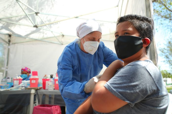Diputados de JxC proponen que una bicameral investigue el proceso de contratación de las vacunas