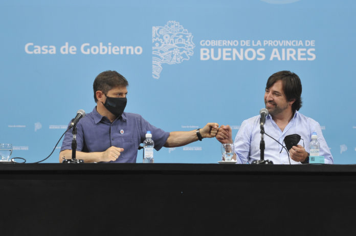 El gobernador Axel Kicillof y el viceministro de Salud bonaerense, Nicolás Kreplak