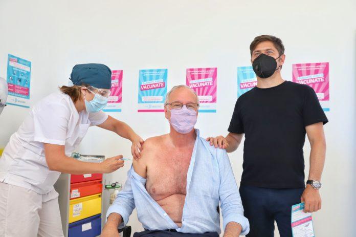 """Provincia inició vacunación en mayores de 60 y refuerza la inscripción """"casa por casa"""" para esa población. (Prensa Gobernación)"""