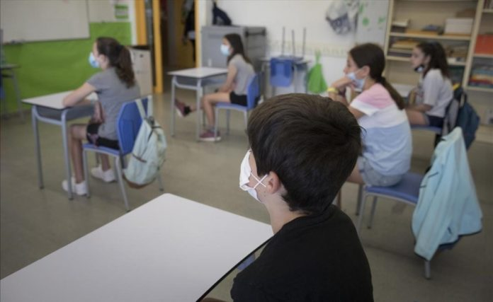Panorama bonaerense: Escuelas y aborto, escenas de un enero que nadie previó