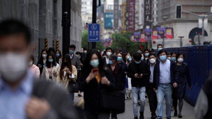 China ya aplica hisopados anales y se desató la polémica