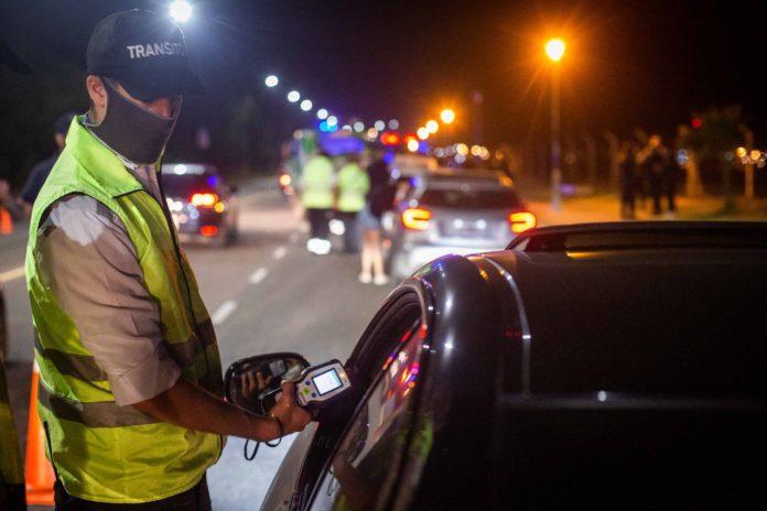 Mar del Plata: desactivan una fiesta clandestina de la que participaban 500 jóvenes