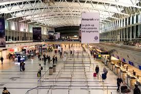 El Gobierno mantiene prohibición de vuelos y recomienda no viajar al exterior