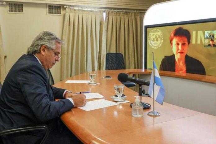 """Fernández habló Georgieva: """"Poner las cuenta en orden"""" para cerrar con el FMI"""