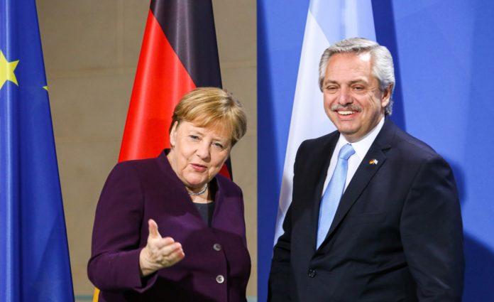 Deuda con el FMI: Fernández dialogó con Merkel y le agradeció su apoyo