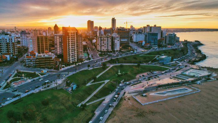 Mar del Plata: Publicistas le exigen a Montenegro veto a prohibición de franquicias