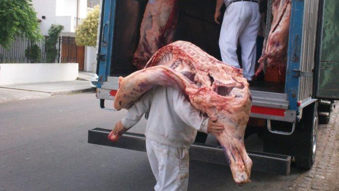 Adiós a la media res: para bajar los precios, acuerdan una nueva forma de entregar la carne